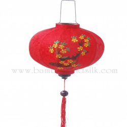 Embroidered-Silk-Lanterns-1