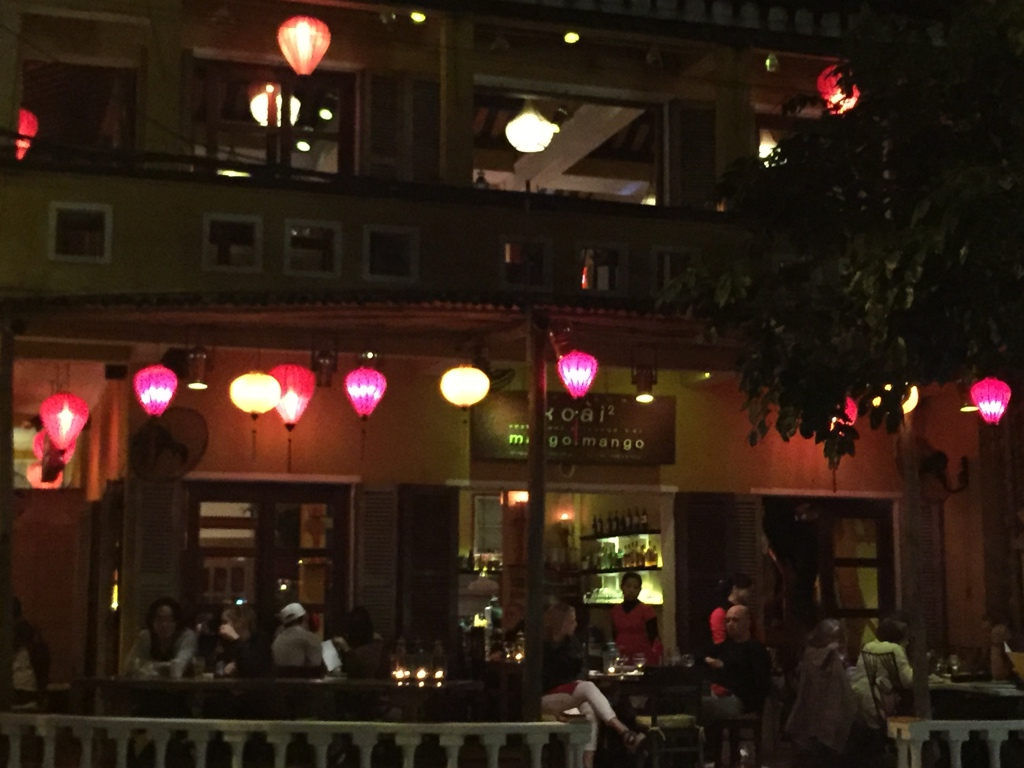 Assorted-Lanterns-Restaurant